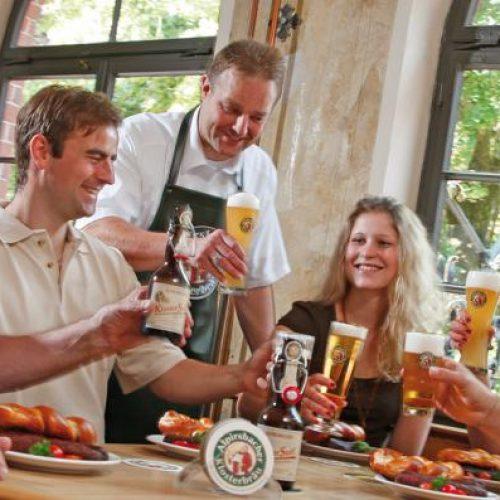 alpirsbach-brouwerij-violettacars.jpg